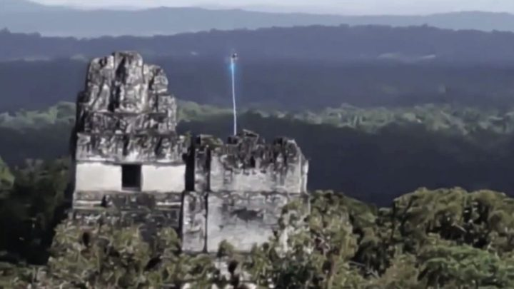 UFO over Tikal A viral video provokes Controversy about extraterrestrials in Guatemala