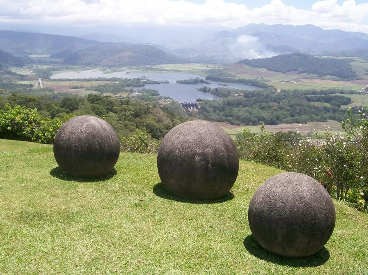 The mystery behind the metallic sphere that fell from the sky