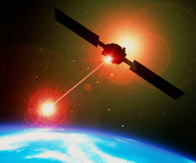 France prepares a Space Force: it will launch satellites equipped with machine guns and laser weapons