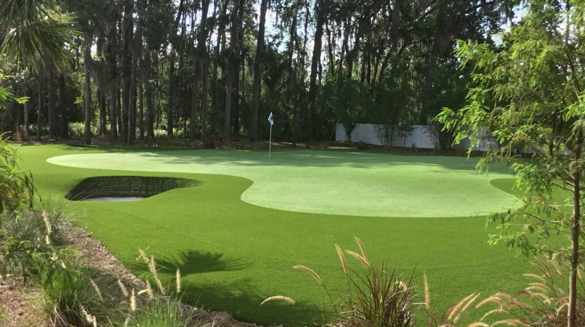 custom backyard putting green