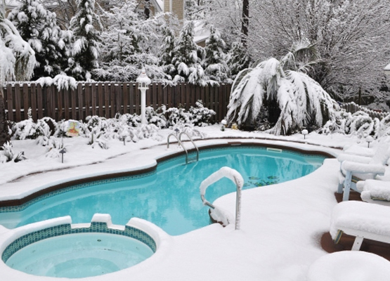 How to Keep Your Swimming Pool and Plumbing from Freezing