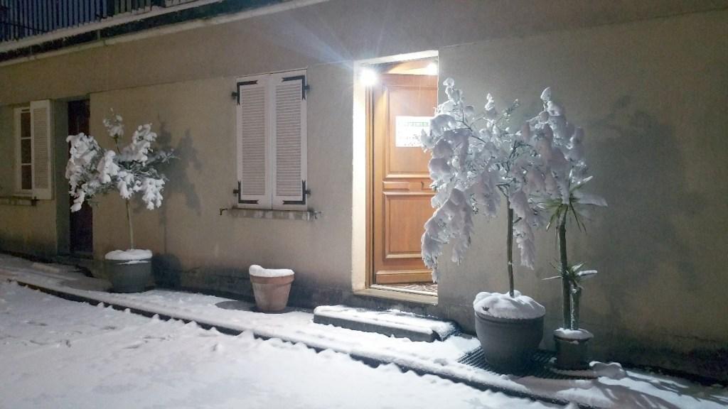 Cabinet Flover sous la neige