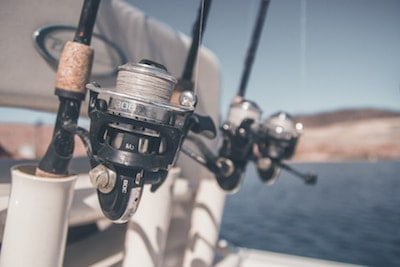 Different sizes of a reel that are suitable for bass fishing