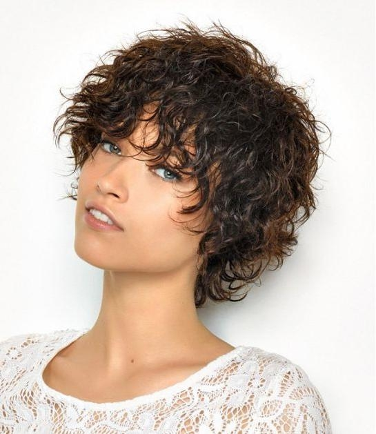 Edgy Short Haircuts For Wavy Hair The Best Haircut Of 2018