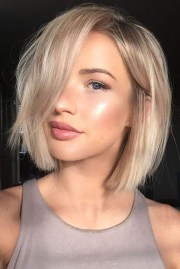 short medium length hairstyle