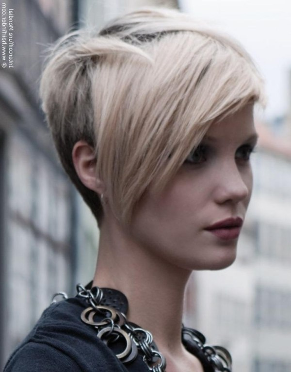 30 Short Hairstyles That Are In Front And Back In Long Hairstyles