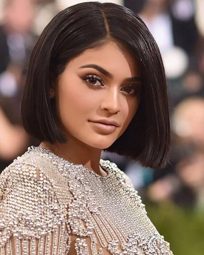 Kylie Jenner Short Haircut The T Shirt