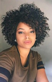 hairstyles naturally curly
