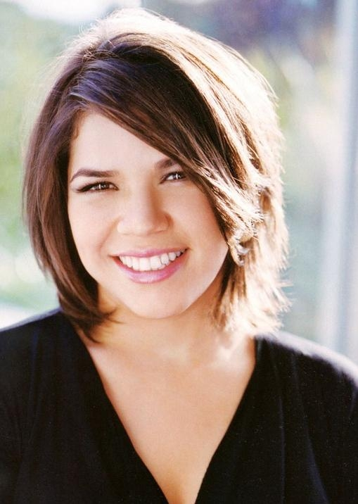 30 Plus Size Hispanic Women Short Hairstyles For Round Faces