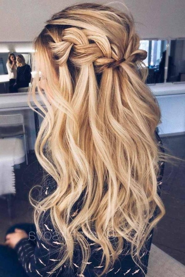 30 Fancy Hairstyles For A Ball Hairstyles Ideas Walk The Falls