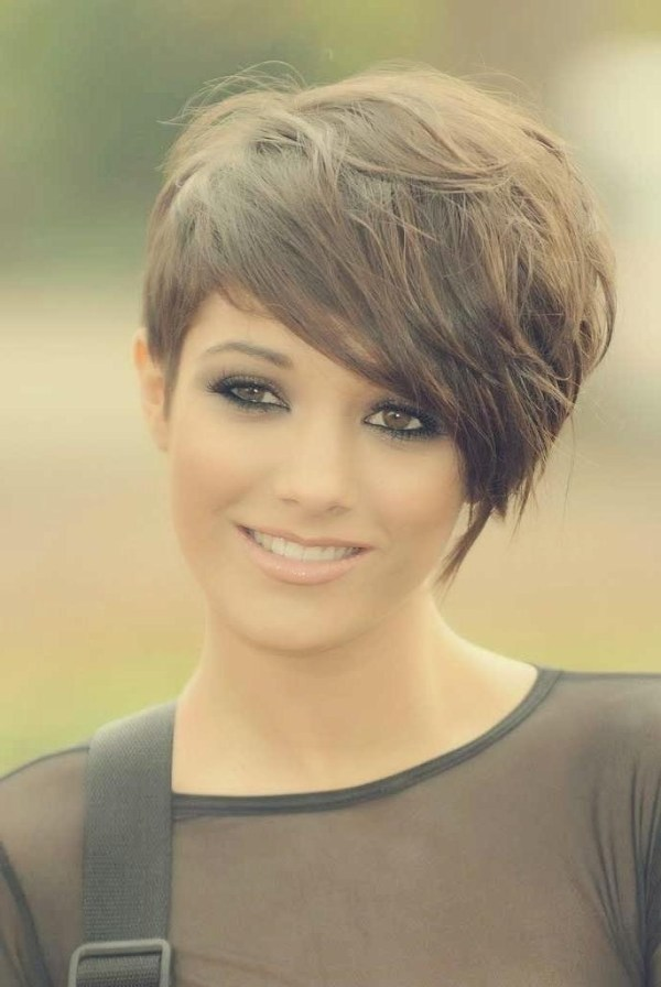 30 Short Hairstyles With Side Long On The Other Side One On