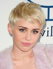 2019 latest miley cyrus pixie haircuts