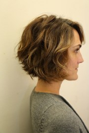 of nape-length brown bob