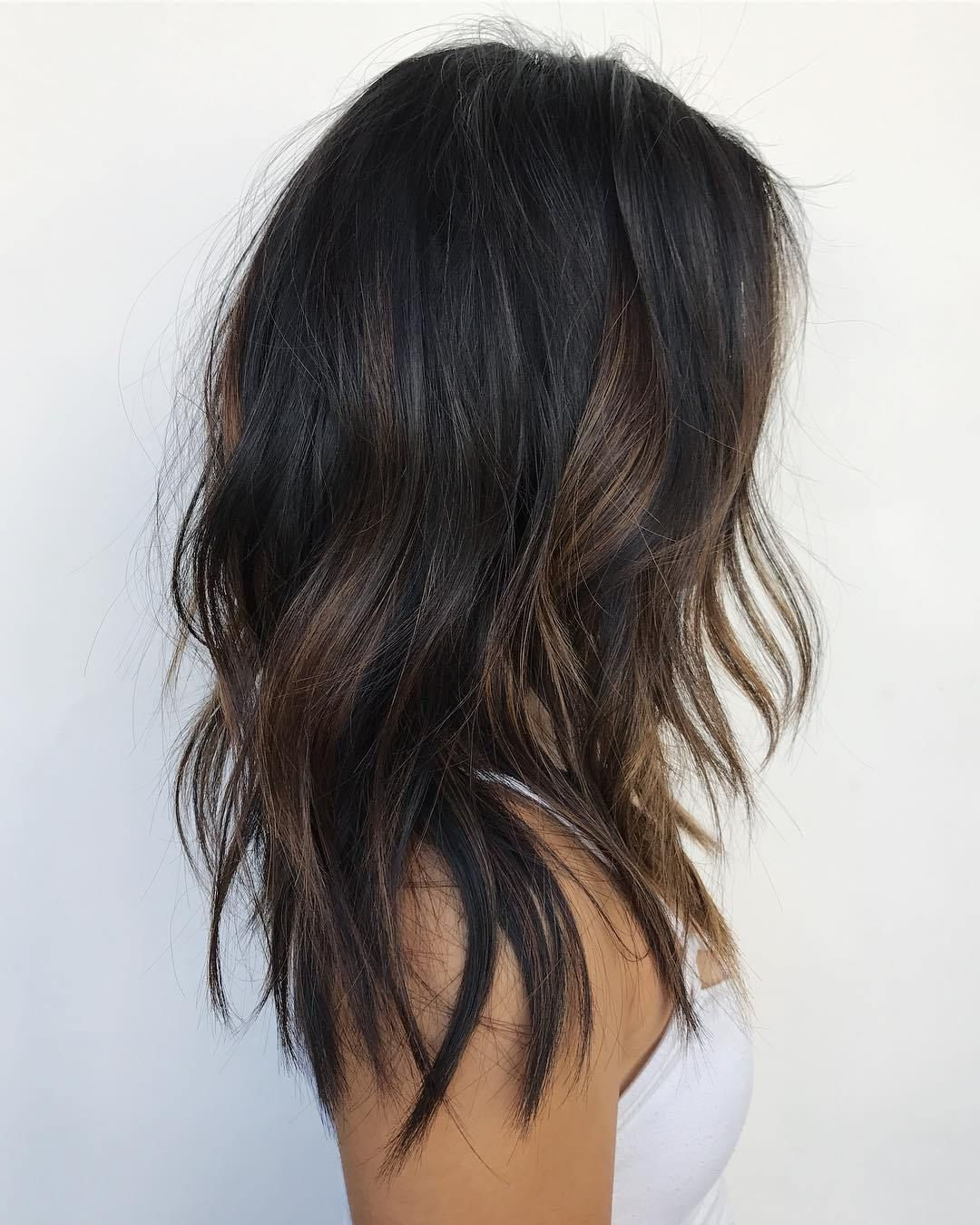 dark brunette balayage bob