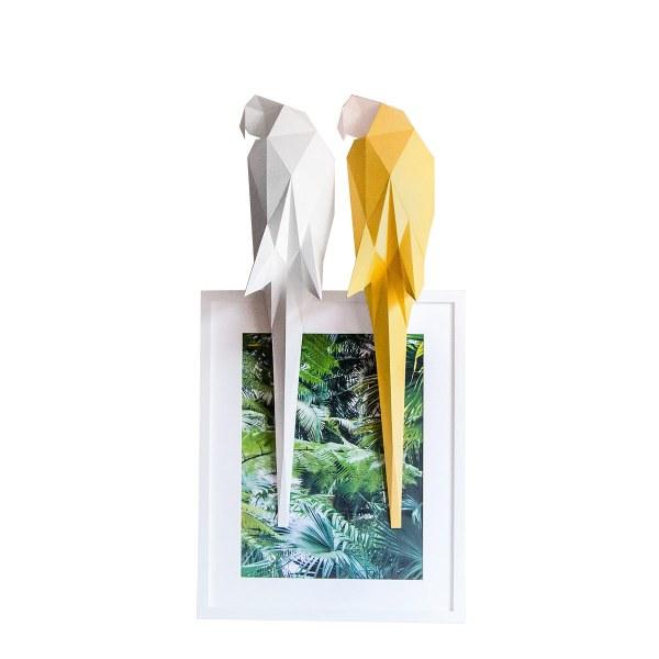 Lampe en papier perroquet jaune et blanc DIY