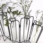 Vase éprouvette 5 tubes à essai, structure articulée en métal style vase tse tse Gaura