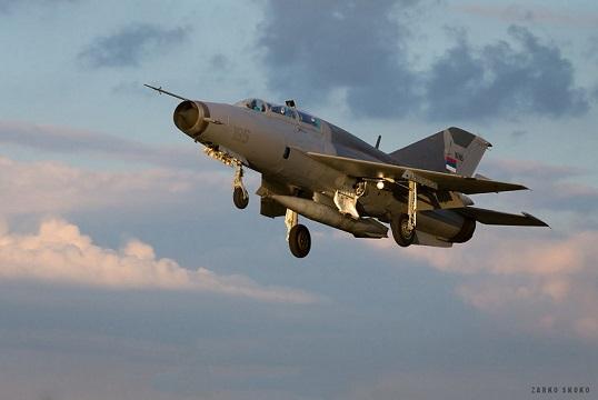 Сербы вернули МиГ-21УМ в состав ВВС Сербии