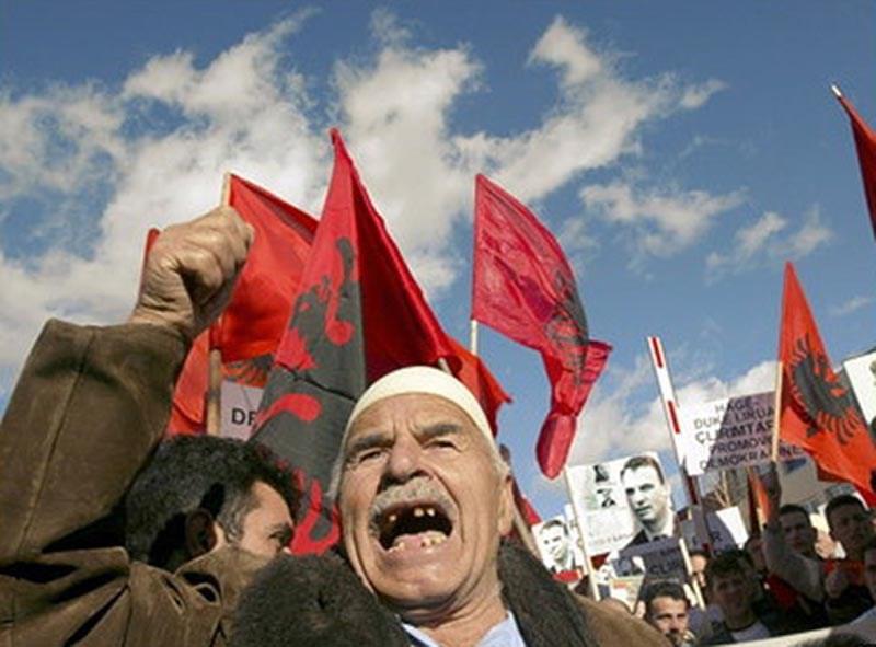 Албанцы возьмутся за Черногорию после Македонии