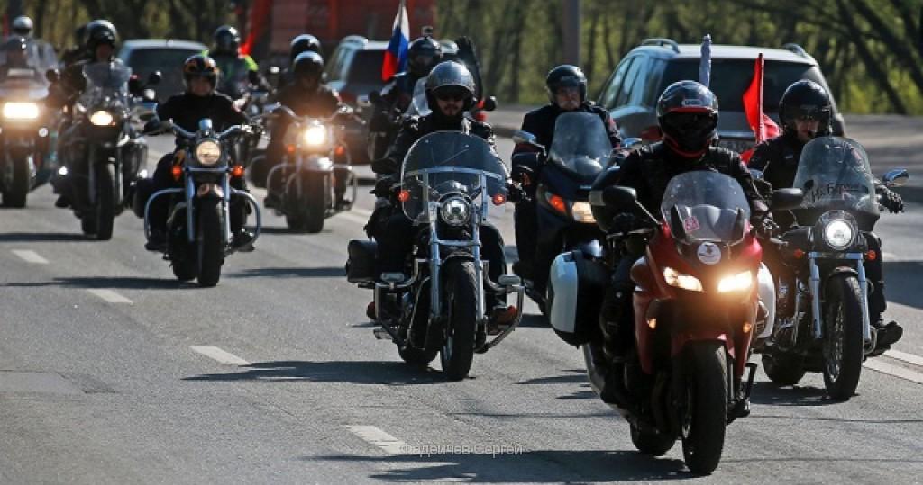 Власти Боснии испугались байкеров из России