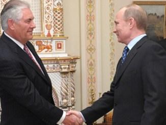 Tillerson mit Putin