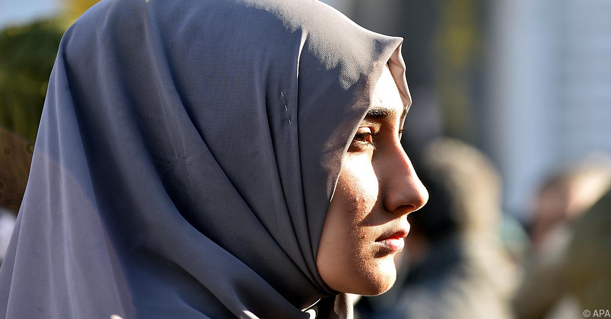Religion in Österreich: Mehr Konfessionslose, mehr Muslime