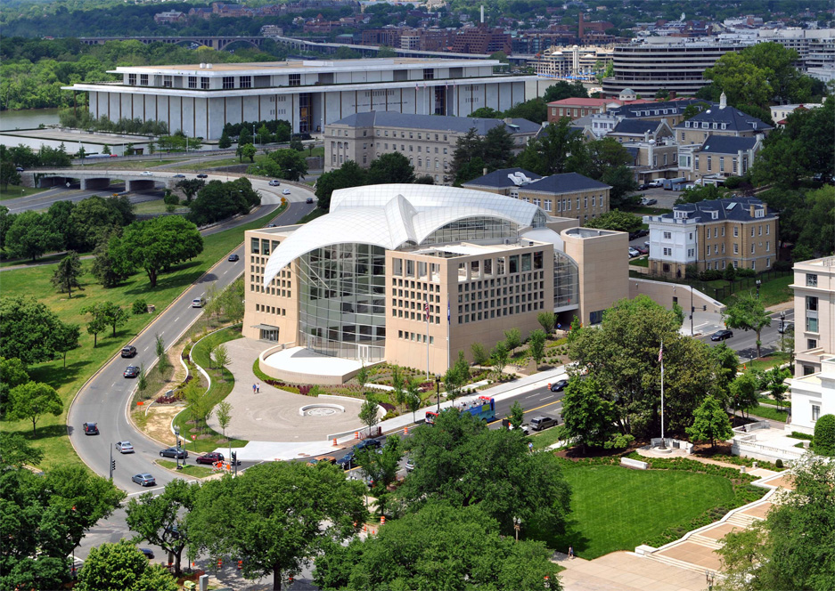 United States Institute of Peace, designed by Moshe Safdie, FAIA ...