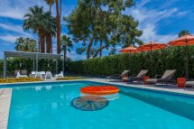 investing in palm springs vacation