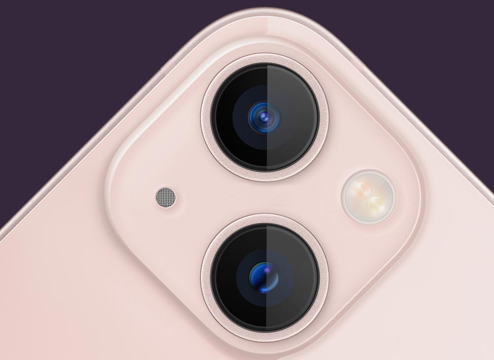 位置変更されたiPhone13のレンズ位置