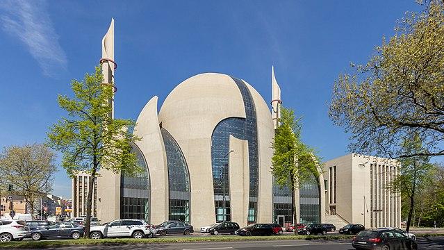 Německo: Křesťané vymírají, islám na vzestupu