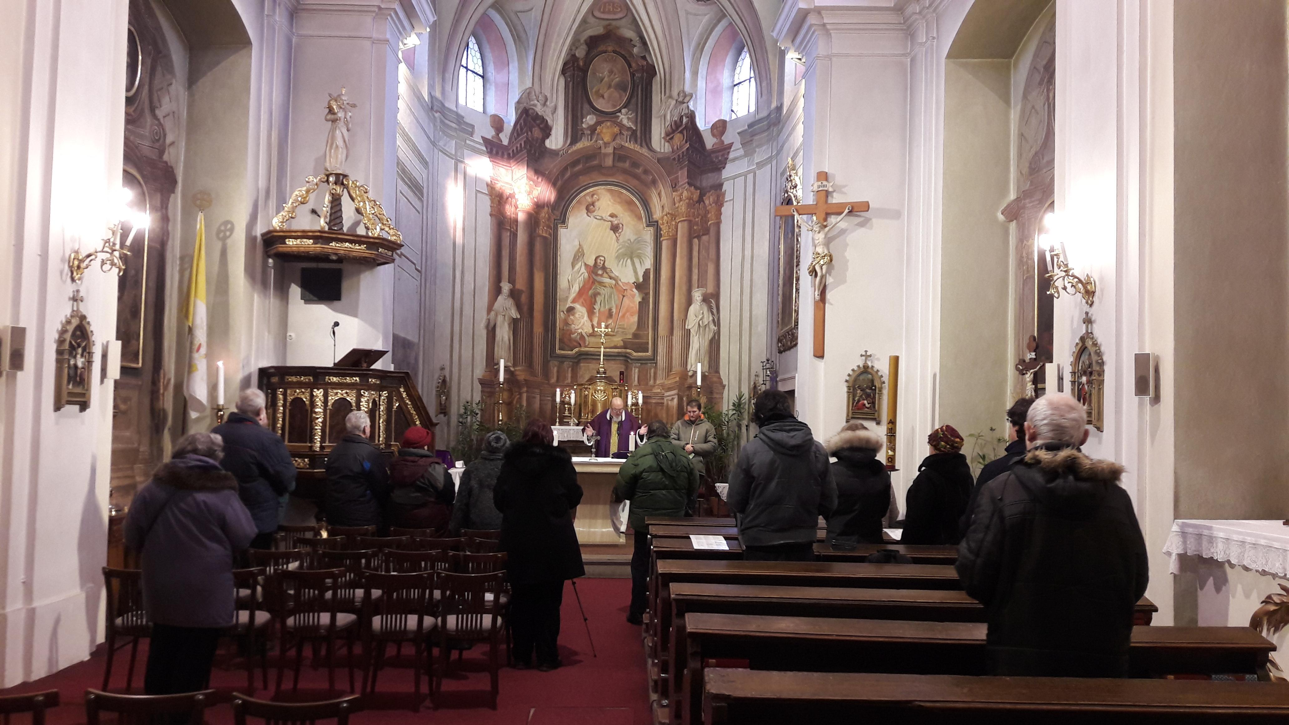 Vpražském kostele zní esperanto – jediný umělý jazyk schválený římskokatolickou církví