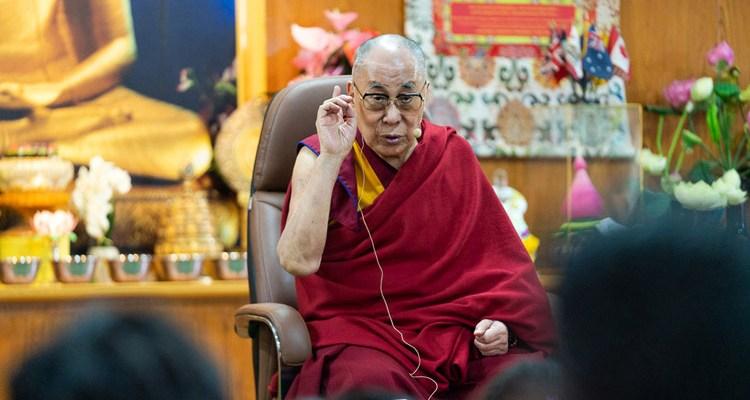 Dalajlama zpochybnil instituci vědomě převtělených lamů