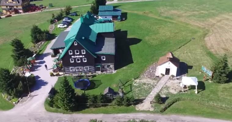 Náboženství na cestách: horská kaplička na Lučinách