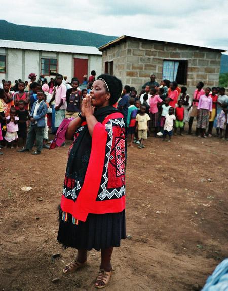Kinderspeisung in Mahlabaneni, Swasiland