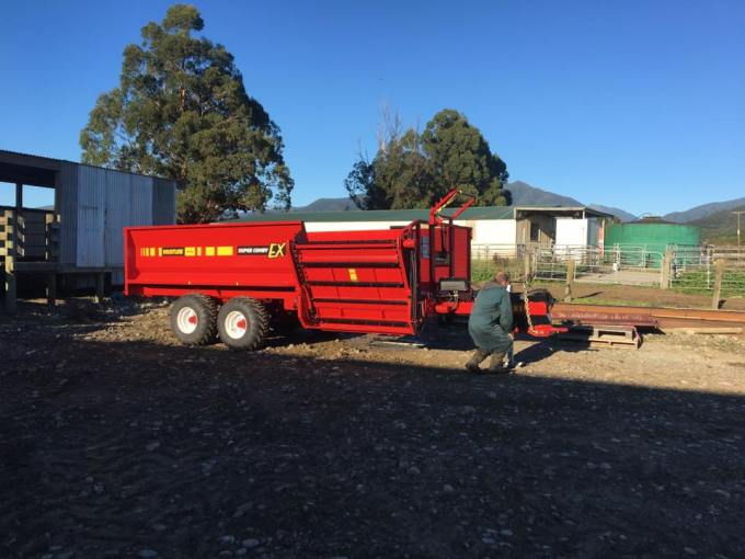 You know a great product, when the farmer replaces a 20 year old feeder for the same unit-2.jpg