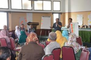 Hasan Saefullah, M.Ag dan Drs. H. Mahfudz, M.Ag