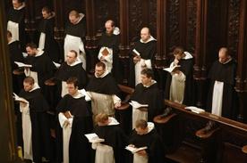 Dominikanie odcinają się od tez o. Wiśniewskiego