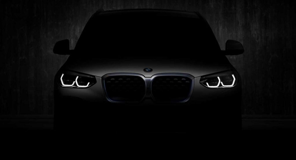 There is already a date for the debut of the BMW iX3 2020, although here you can see it completely uncovered
