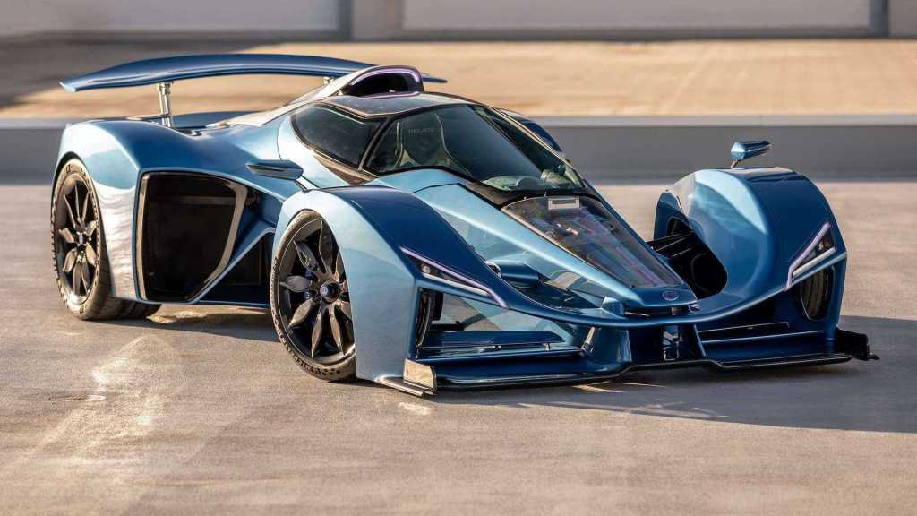 After almost 70 years of hiatus Delage returns with a sports V12 hybrid of more than 1,000 hp