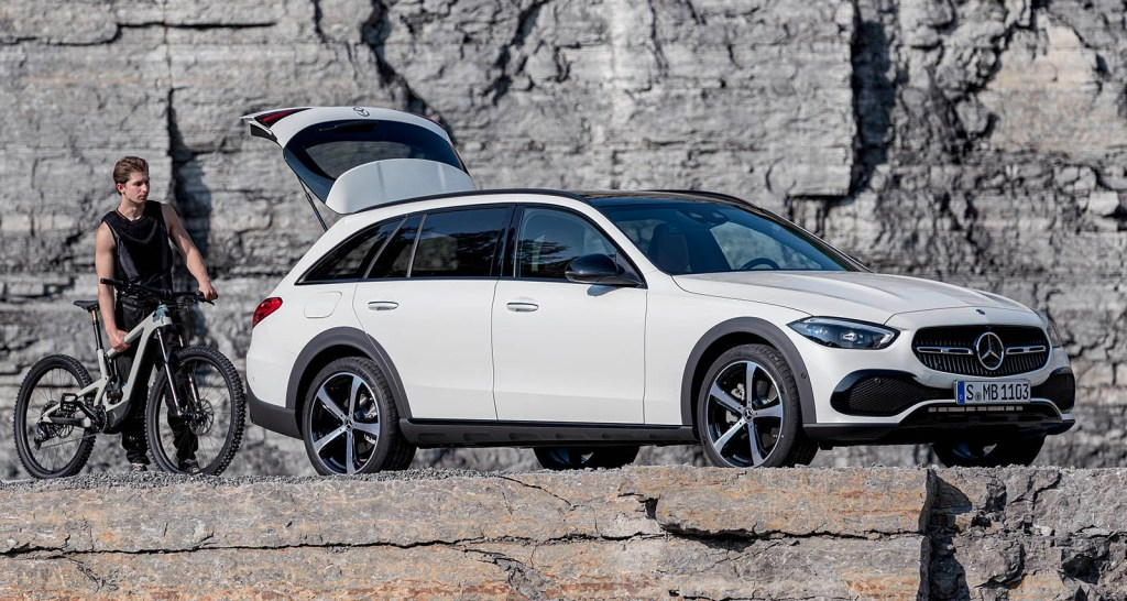 The Mercedes C-Class All Terrain arrives: Here the prices