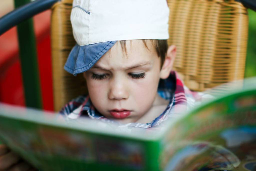 How to promote autonomy in children with reading?