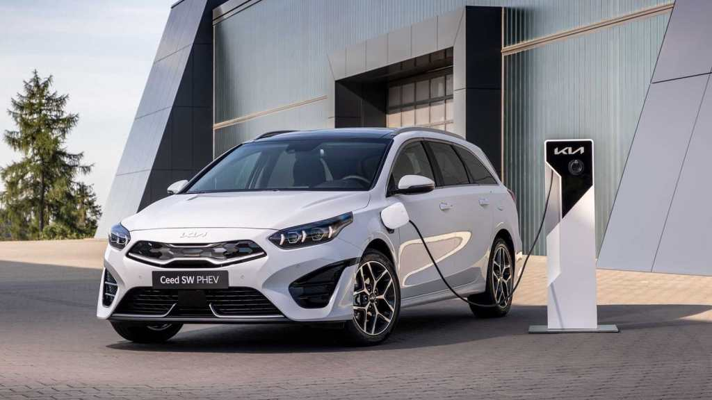 The 2022 Kia Ceed Tourer is here: With competitive prices