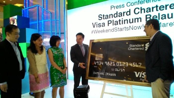 StandChart Relaunch Kartu Kredit Visa Platinum