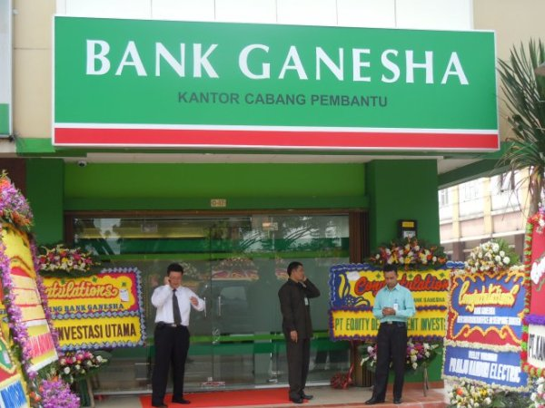 Bank Ganesha Cooperate with Equity Life to Market Bancassurance Products