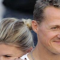 Шумахер се събуди след 6-годишна кома