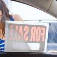 Изповед на една 19-годишна българка: Обслужвала съм по 10-15 клиенти на нощ, спестих 10 бона, купих си кола и