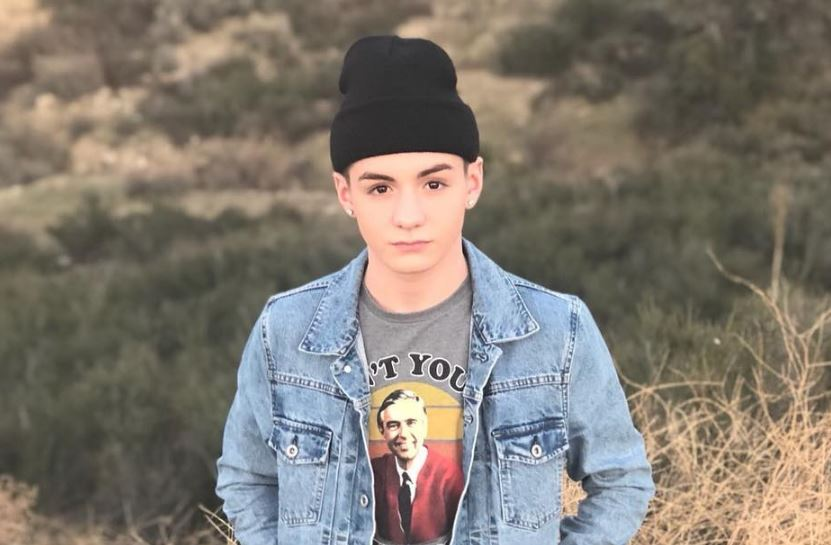 Mikey Tua Height Weight Age Wiki Net Worth Family Facts