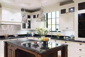 New Haven Simply White Style Kitchen