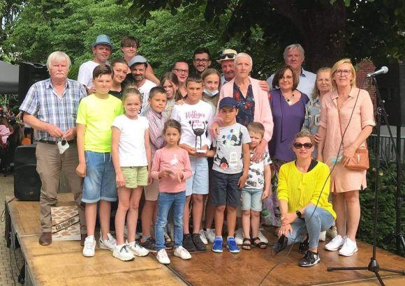 Familie Vandebuerie-Six wint eerste Deerlijkse Deureduwer