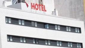 Málaga incorpora en cinco años 34 nuevos alojamientos turísticos pero el empleo cae casi un 9%