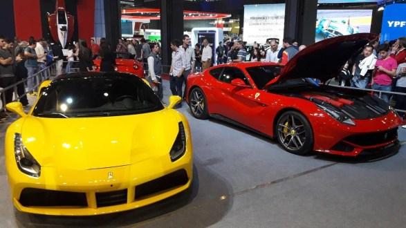 Ferrari y Maserati presentes en el 8° Salón del Automovil